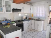 Kitchen - 7 square meters of property in Maraisburg