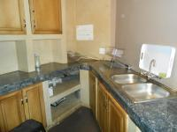 Kitchen - 29 square meters of property in Moreletapark