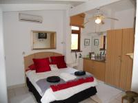 Main Bedroom - 15 square meters of property in Sanlameer