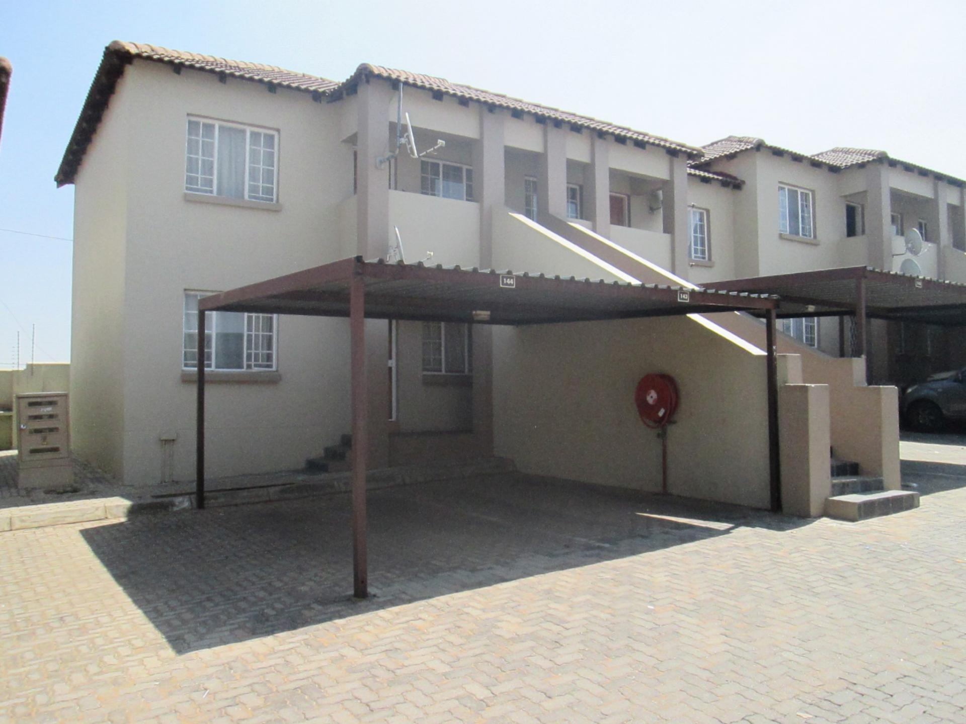 Front View of property in Elspark