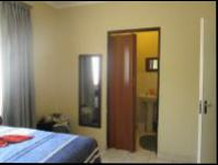 Main Bedroom - 11 square meters of property in Elspark