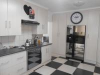 Kitchen - 32 square meters of property in Pretoria North