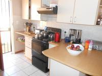 Kitchen - 9 square meters of property in La Montagne