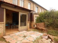 Patio - 10 square meters of property in Breaunanda