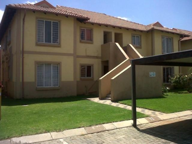 2 Bedroom Duplex for Sale For Sale in Parkrand - Home Sell - MR095557