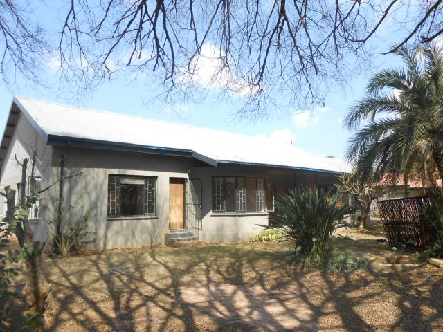 Standard Bank EasySell 3 Bedroom House for Sale For Sale in Daspoort - MR095627