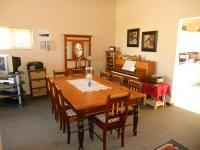 Dining Room - 21 square meters of property in Albertinia