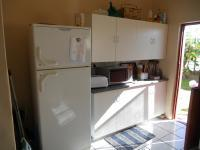 Kitchen - 13 square meters of property in Albertinia