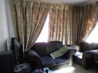 Lounges - 14 square meters of property in Clayville