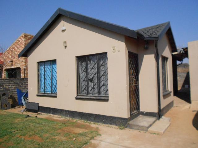 2 Bedroom House for Sale For Sale in Rabie Ridge - Private Sale - MR095672