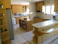 Kitchen - 35 square meters of property in Kuils River
