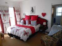 Main Bedroom - 16 square meters of property in Dalpark