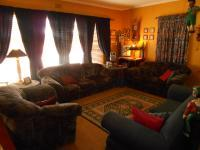 Lounges - 25 square meters of property in Dalpark