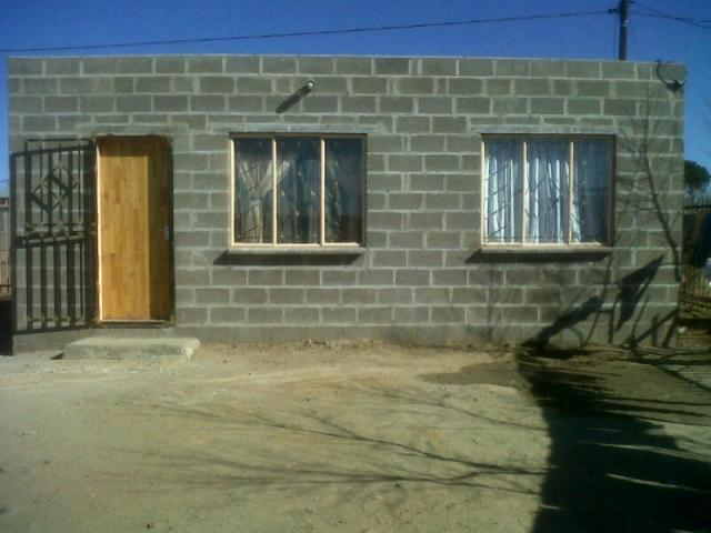 1 Bedroom House For Sale in Bloemfontein - Private Sale - MR095743