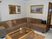 Lounges - 22 square meters of property in Capital Park