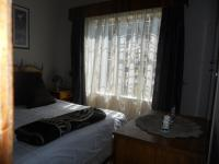 Bed Room 1 - 10 square meters of property in Brackenhurst