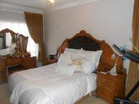 Main Bedroom - 24 square meters of property in Karenpark