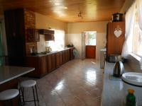 Kitchen - 86 square meters of property in Magaliesmoot AH