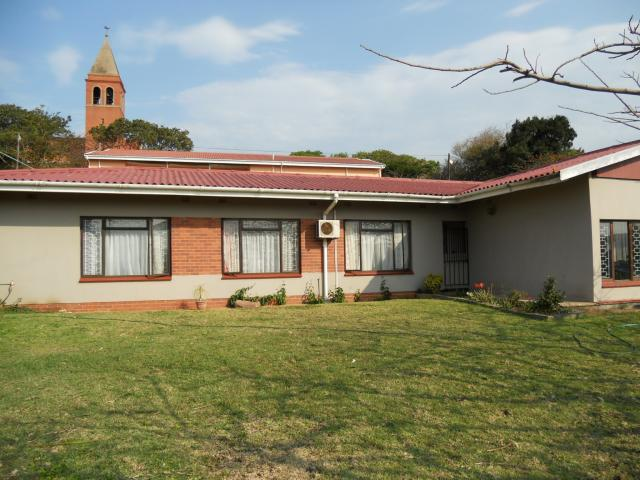 3 Bedroom House for Sale For Sale in Umkomaas - Home Sell - MR095868