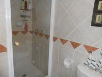 Main Bathroom - 7 square meters of property in Magalieskruin