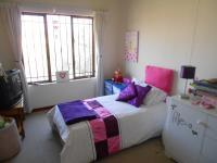 Bed Room 1 - 14 square meters of property in Witkoppen