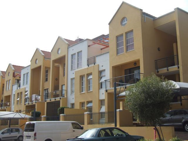 Standard Bank EasySell 2 Bedroom Apartment for Sale in Ferndale - JHB - MR095967