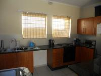 Kitchen - 8 square meters of property in Ferndale - JHB