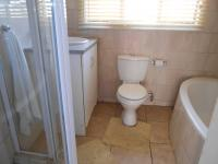 Bathroom 3+ - 31 square meters of property in Birchleigh North