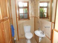 Bathroom 1 - 2 square meters of property in Kuils River