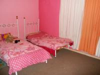 Bed Room 2 - 16 square meters of property in Pretoria Gardens