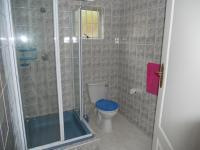 Main Bathroom - 5 square meters of property in Leisure Bay