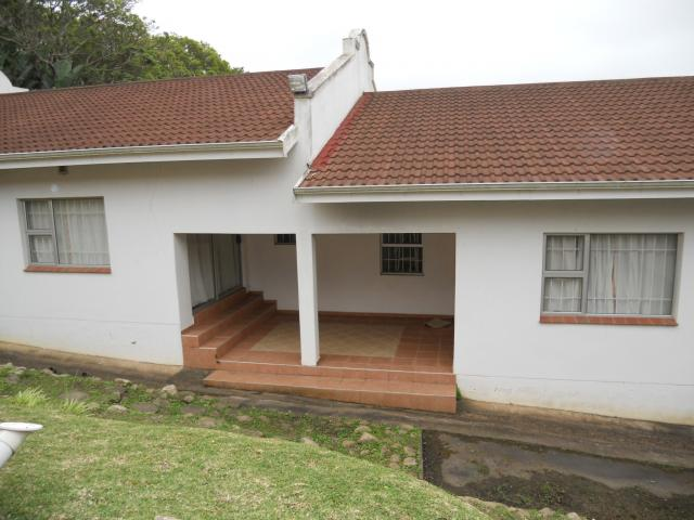 4 Bedroom House For Sale in Leisure Bay - Private Sale - MR096101