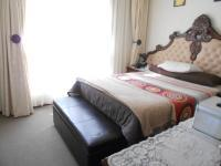 Main Bedroom - 14 square meters of property in Mulbarton