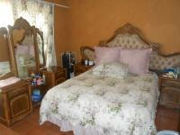 Bed Room 2 - 15 square meters of property in Pretoria West