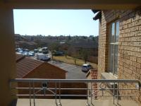 Patio - 8 square meters of property in Die Hoewes