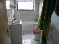 Bathroom 1 - 3 square meters of property in Summer Greens