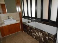 Main Bathroom - 8 square meters of property in Johannesburg Central