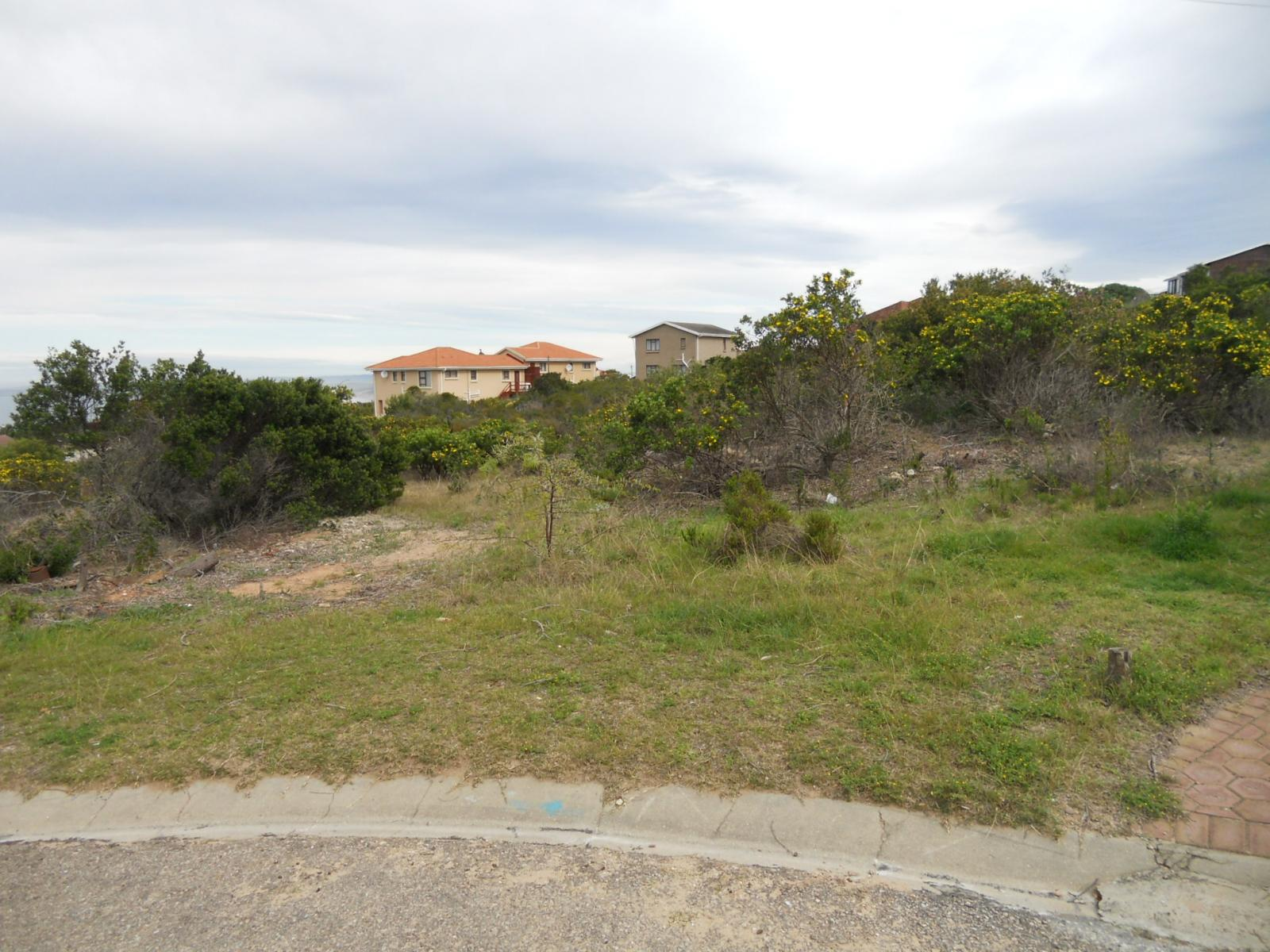 Front View of property in Dana Bay