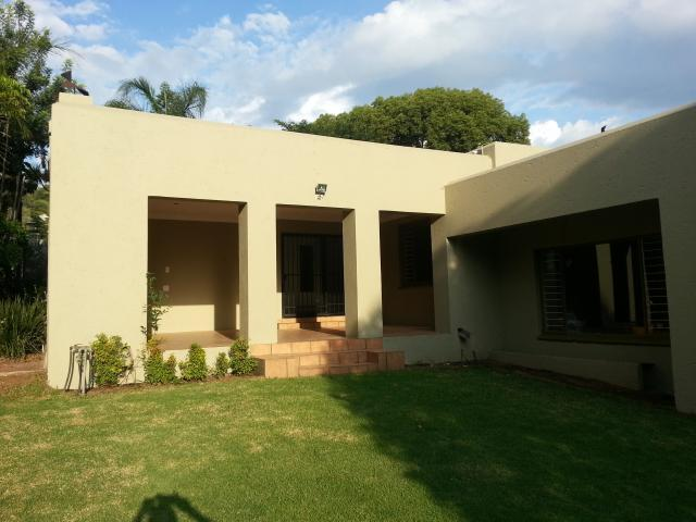 4 Bedroom House For Sale in Waterkloof Ridge - Home Sell - MR096289