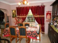 Dining Room - 12 square meters of property in Somerset Park