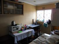 Kitchen - 12 square meters of property in Caneside