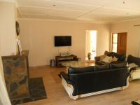 Lounges - 25 square meters of property in Himeville