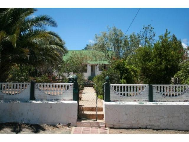 5 Bedroom House for Sale For Sale in Oudtshoorn - Home Sell - MR096387