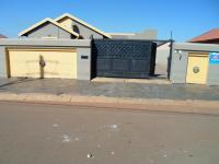 2 Bedroom 1 Bathroom House for Sale for sale in Protea Glen