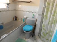 Main Bathroom - 5 square meters of property in Doornpoort