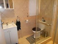 Bathroom 1 - 5 square meters of property in Randparkrif
