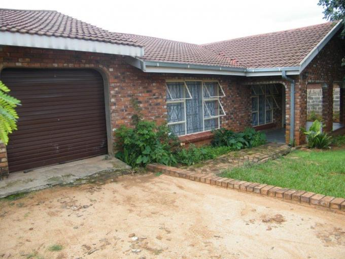 Standard Bank Insolvent 4 Bedroom House on online auction in Barberton - MR096513