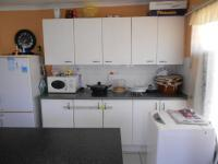 Kitchen - 14 square meters of property in Albertville