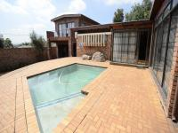 Entertainment - 72 square meters of property in Krugersdorp