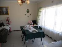 Dining Room - 20 square meters of property in Hibberdene